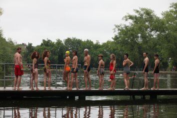 Swimmer line up © Ruth Corney